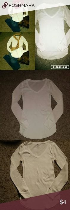 White Long Sleeve Vneck Tee White long sleeve thermal v neck tshirt. Super comfy, it's just a little small. Old Navy Tops Tees - Long Sleeve