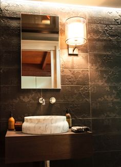 Mutina Ceramics Bas-Relief Cloud Nero as featured in this luxurious bathroom by Natural Stone Bathroom, Natural Stones, Round House, Splashback, Stone Tiles, Porcelain Tile, Kitchen Styling, Wall Tiles, Kitchen Design