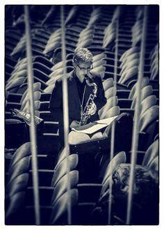 Un uomo e il suo sassofono ||||| A Man and His Sax