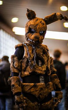 Me as the animatronic Spingtrap from the horror game Five Nights at Freddy's 3 at German Comic Con. The costume was made by me. Photo taken by Matthias Schnitker and edited by me Mischa's Cosplay ----- I'm not a FNAF fan, but this cosplayer is AWESOME!