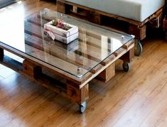 We have gathered up these awesome ideas for you who want to make a unique coffee table. Here are 25 DIY coffee table ideas you can try. Coffee Table Redo, Glass Top Coffee Table, Cool Coffee Tables, Crate Table, Diy Table, Diy Storage For Small Spaces, Pallet Furniture Shelves, Diy Furniture Cheap, Furniture Ideas