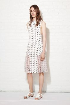 Thakoon Resort 2014