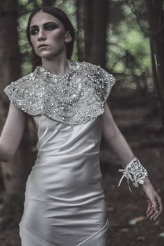 Can't even! This chic number has a huge glam punch.  Stylish Bridal Boleros And Capes via @youmeanworld2me