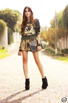 http://fashioncoolture.com.br/2013/05/27/look-du-jour-labellamafia-2/