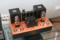 AudioNote Japan Shinri Silver by Glass&Tubes. High End Hifi, High End Audio, Audiophile, Power Supply Circuit, Radio Design, Small Speakers, Hi End, Audio Room, Hifi Audio