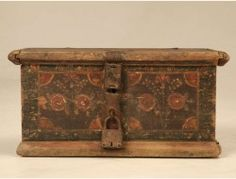 Find fabulous Antique Accessories, Home Decor Accents and for many more attractive and thoughtful collection of authentic decorative accessories visit our online store at Old Plank Road. Antique Wooden Boxes, Paint Furniture, Suitcases, Home Office Furniture, Casket, Desk Chair, Danish, 18th, Decorative Boxes