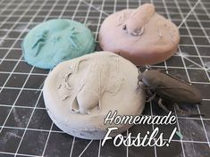 Grades Elementary Age Projects: It's not play, it's learning! Keep your class engaged with these hands-on inspirational projects and experiments. Dinosaur Art Projects, Dinosaur Activities, Dinosaur Crafts, School Art Projects, Arts And Crafts Projects, Steam Activities, Diy For Kids, Crafts For Kids, Homemade Clay