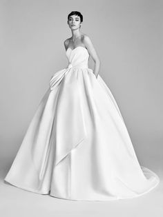 Gorgeous wedding dresses for a country wedding: Viktor & Rolf