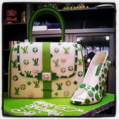 Charlies Bakery does it again! Shoe Cakes, Cupcake Cakes, Cupcakes, Handbag Cakes, Purse Cakes, Luggage Cake, Louis Vuitton Cake, Gucci Cake, Cake Decorating Courses