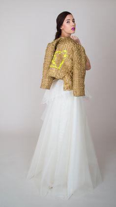 Ballkleid LILIAN von ANNE WOLF - Das trägerlose Ballkleid besteht aus einem schmal geschnittenem Oberteil und einem Rock in A-Linien-Form. Der auf der Taille aufgesetzte Schößchenrock rundet die bewegte Gesamt- silhouette ab.