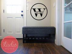 Circle CUSTOM FAMILY NAME - Wall Art - Wall Vinyl - Wall Sticker - Wall Decal