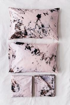 Bedding in Composite – riverside tool & dye Tie Dye Bedding, Linen Bedding, Bed Linens, Grey Comforter, Contemporary Bed Linen, How To Tie Dye, Novelty Print, Diy Pillows, Tie Dyed