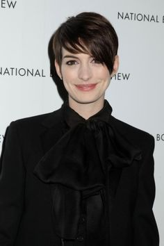 There's no denying that Anne Hathaway's big chop has been making a splash in the hair world #cuts #hair #ideas