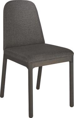 Bet spisestol i heltre eik med polstret sete og rygg. Dimensjoner: W41 x D43 x SH 47cm. Kr. 1915,- Habitats, Accent Chairs, Dining Chairs, Living Room, House, Furniture, Urban, Stylish, Home Decor