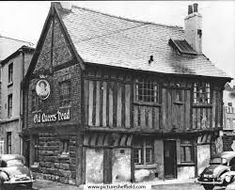The Old Queen's Head, Pond Street, Sheffield. The oldest surviving domestic building in Sheffield. The use of the building as a pub only dates back to Sheffield Pubs, Sheffield Art, Sheffield England, Local History, Family History, Old Pub, South Yorkshire, Beautiful Buildings, Beautiful Places