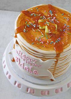 How to Make a Pancake Cake - Rose Bakes Pancake Party, Pancake Cake, Pancake Stack, Cupcake Recipes, Cupcake Cakes, Cupcakes, Smash Cakes, Pancakes And Pajamas, How To Stack Cakes