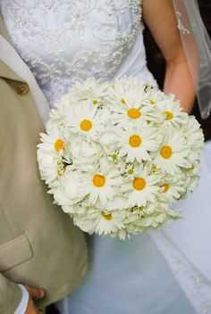 Brook & Dale | Southern Graces & Company | Lowcountry Bride | Wedding Flowers | Bouquets