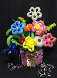 Balloon Flowers, Balloon Bouquet, Balloon Gift, Balloon Ideas, Flower Art, Art Flowers, Balloon Modelling, Balloons And More, Balloon Animals