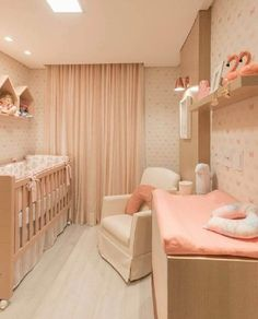 Do It Yourself baby room and also baby room decorating! Concepts for you to develop a little heaven on earth for your little package. Lots of baby area design ideas! Baby Nursery Decor, Baby Bedroom, Baby Decor, Girls Bedroom, Bedroom Decor, Bedroom Ideas, Baby Room Design, Girl Room, Room Inspiration