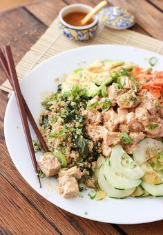 Quinoa Spicy Tuna Sushi Bowl - Gluten free and just like spicy tuna roll. So yummy!