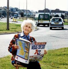Phyllis Pearsall, pani od map. Jest jak Marks & Spencer albo jak Monty Python. Klasyczną, rozpoznawalną na świecie brytyjską marką