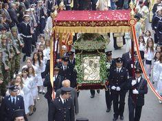 Η «Παναγία η Τρυπητή», η θαυματουργή πολιούχος, γιορτάζεται στο Αίγιο με κάθε μεγαλοπρέπεια