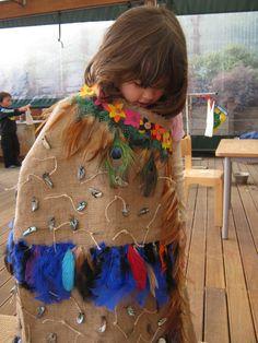 a decorative cloak inspired by the Maori korowai tradition Enviroschools : Little Earth Montessori children weave a work of art