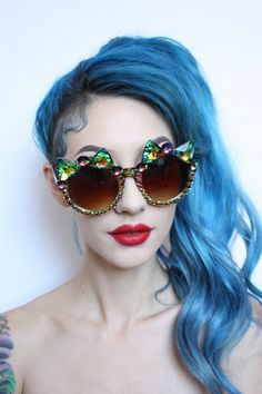 Her Tiny Teeth Sunglasses (Sold out! Sunglasses Sale, Sunglasses Accessories, Cat Eye Sunglasses, Festival Outfits, Festival Hats, Shady Lady, Mermaid Hair, Eye Glasses, Diy Fashion