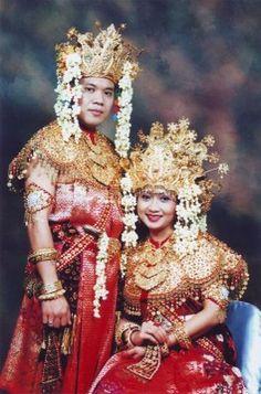 Palembang's wedding ceremony clothes