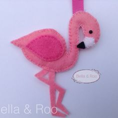 Flamingo Hanging Decoration or bag charm for kids room or nursery by BellaandRoo on Etsy Flamingo Craft, Flamingo Decor, Flamingo Party, Pink Flamingos, Bird Crafts, Felt Crafts, Handmade Ornaments, Felt Ornaments, Felt Christmas Decorations