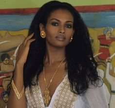 Top 30 Most Beautiful Ethiopian Women – Expat Kings Beautiful Ethiopian Women, Ethiopian Beauty, Beautiful Dark Skinned Women, Beautiful Black Girl, African Beauty, African Women, Ethiopian People, Eritrean, Vintage Black Glamour