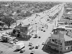 Nepean Highway - South Road before Duplication Melbourne Australia, Australia Travel, Old Photos, Vintage Photos, Melbourne Suburbs, Australian Continent, Big Country, Historic Houses, Melbourne Victoria