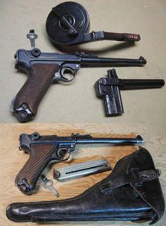 ■ 'Artillery Luger' Lange Pistole 08 with 32 round Trommel-Magazin 08.