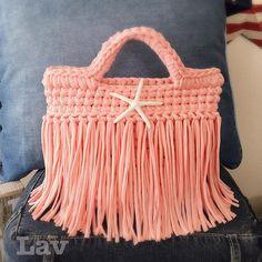 связанная сумочка из трикотажной пряжи