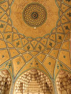 Kashan/ Mosque and School of Agha Bozorg. By Horizon