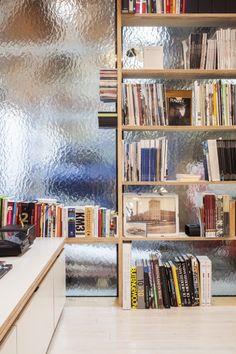 factory life - waarschoot - julie d'aubioul - 2012 - shelves