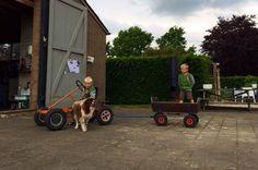Spelen op de boerderij bij familie Dedden tijdens Uit-jeTent.