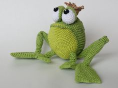 Henri le Frog Amigurumi Crochet Pattern by IlDikko on Etsy, $5.20