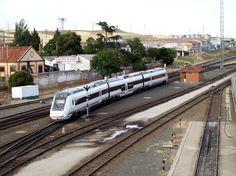 Los automotores diésel de la serie 599, los trenes de CAF para Renfe Media Distancia | Suite101