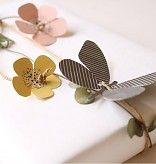 fields of joy - vlinders en bloemen
