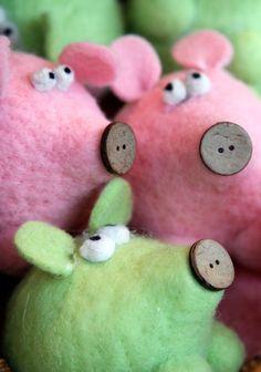 Cute little piggies! Piglets!