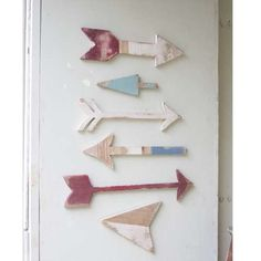 Share for 15% off your purchase!  SET OF 6 WOODEN ARROWS WALL ART #VintageMarqueeLights