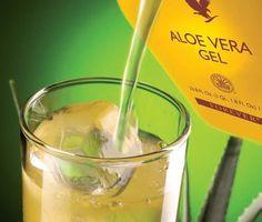 Forever Living Products - Aloe vera.              Adoro adoro adoro!!! Se non fosse che costa tanto ne berrei a secchiate al posto dell'acqua!