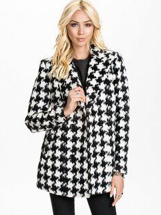 Badly Jacket - Vero Moda - Zwart - Jassen - Kleding - Vrouw - Nelly.com