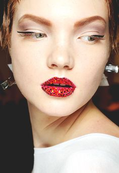 beauty at Dior Haute Couture, Fall 2013