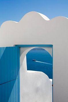 Cob-Hotel-Outdoor-Detail-Wood-Door-White-Blue-Sunset-Caldera-View-Imerovigli-Santorini-Greece