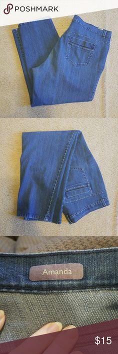 Gloria Vanderbilt 18W Woman's Jeans Amanda Short Gloria Vanderbilt 18W Woman's Jeans Amanda Short Gloria Vanderbilt Jeans