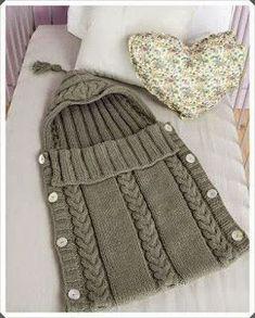 b16f98079d7d1 Uyku Tulumu Modelinde Örgü Bebek Battaniye Yapımı #battaniyemodelleri #örgü  #uykutulumu #örgübattaniye #