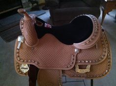 My new JR Wenger Saddle!!