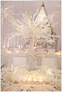 snow white wedding tree, very cool centre piece but maybe a little on the big side! Wedding Reception Ideas, Wedding Themes, Wedding Events, Wedding Planning, Wedding Photos, Tree Wedding, Wedding Table, Our Wedding, Wedding Flowers